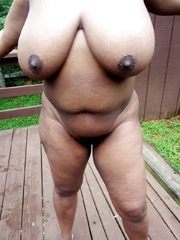 Amateur ebony mature women exposing..